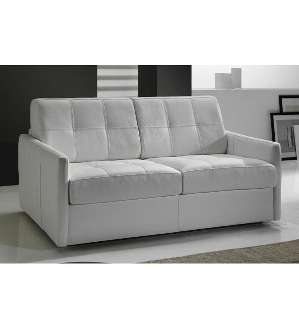 petit canap lit cuir couchage quotidien en promo cubik. Black Bedroom Furniture Sets. Home Design Ideas